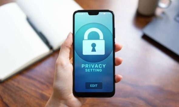 Keep Sensitive Information on Your Cell Phone Secure