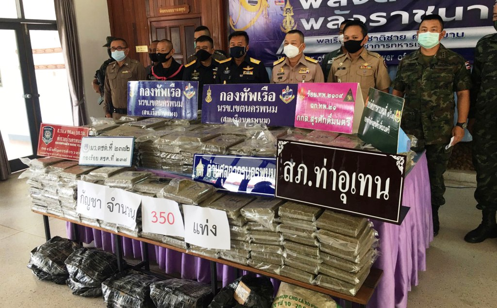 Navy Patrol Seizes 350 Kilograms of Marijuana on Mekong River Bank