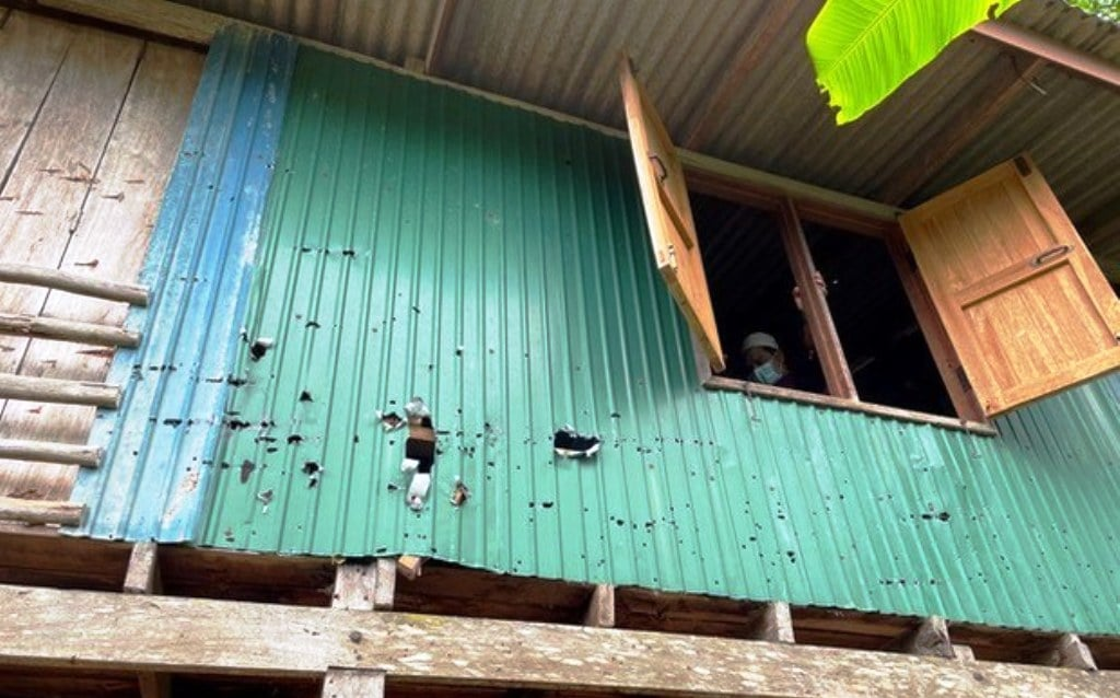 Two Insurgent Fighters Fight to the Death in Thailand's Deep South