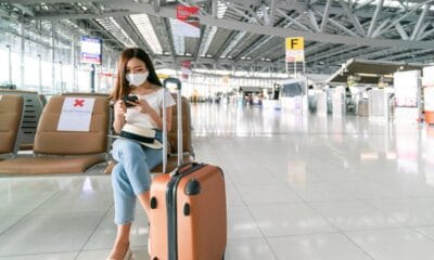 5 Things You Need to Pack for a Long Flight after the Pandemic