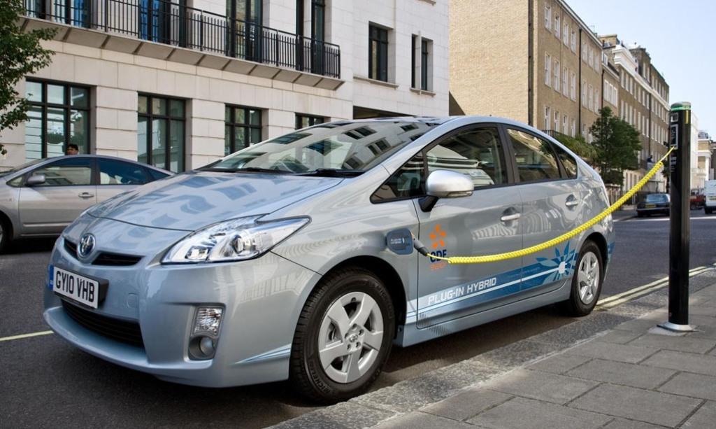 Hybrid-Electric Vehicles (HEV's) Establish a Benchmark for Emissions