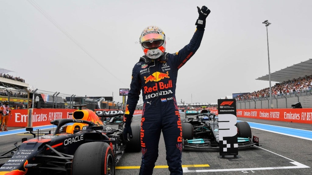 Red Bulls Verstappen Beats Hamilton at French F1 Grand Prix