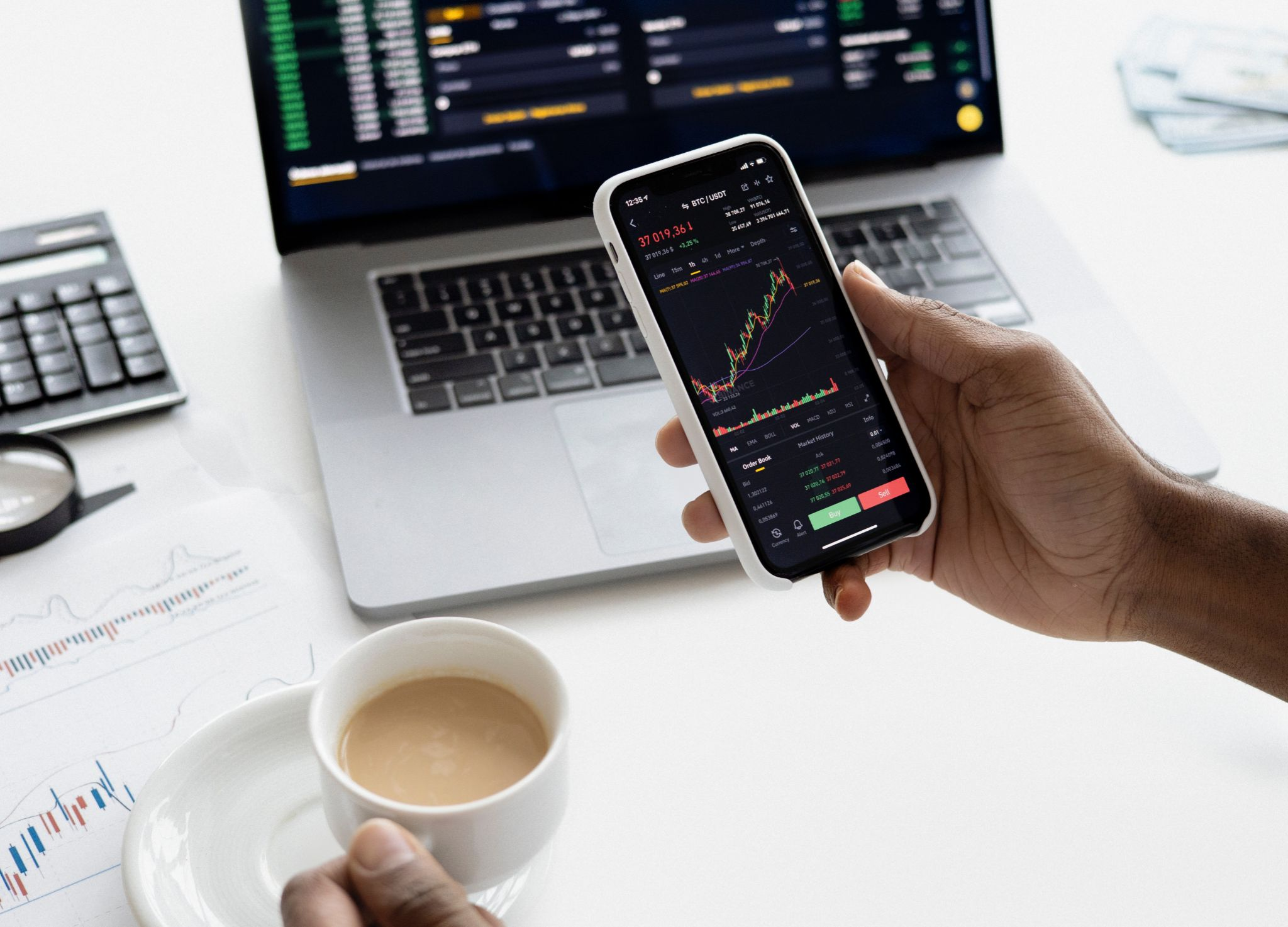 trade app,Altcoin Signals Work and How to Use Them