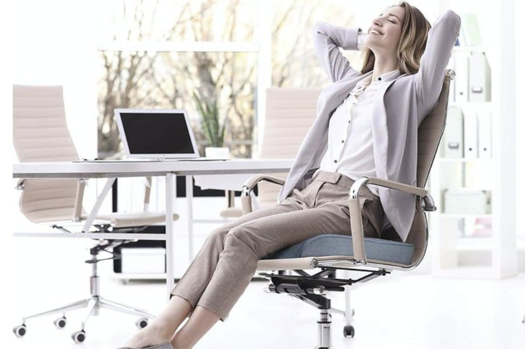 5 Ways Boost Your Comfort With a Seat Cushion for Your Office Chair