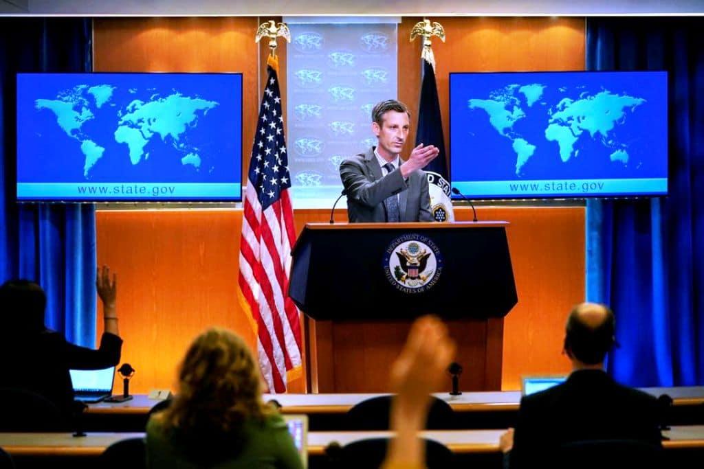 Biden Administration Pressures US Companies to Abandon Hong Kong