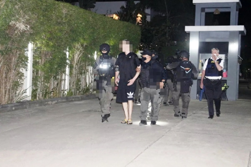 British Expat Arrested by 50 Police Officers for Firing Shotgun by Pattaya Police