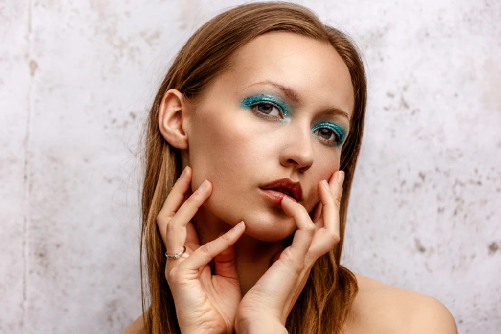 How to Achieve a V-Shaped Face: Botox Dysport & Other Alternatives