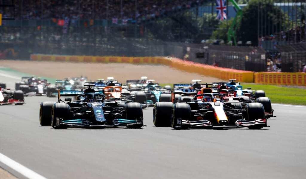 Lewis Hamilton Overcomes Penalty to win 8th British Grand Prix