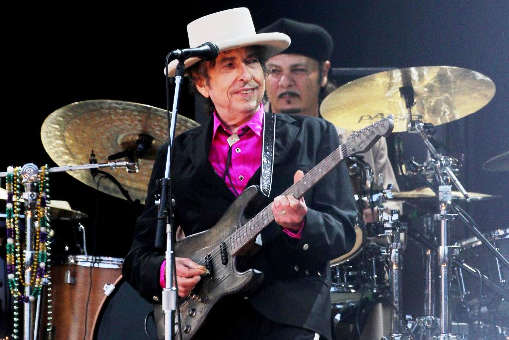 Bob Dylan 80, Sued Over Alleged Sexual Abuse from 60 Years Ago