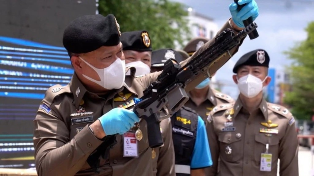 Cyber Crime Police Bust Three Men for Selling Arms Online