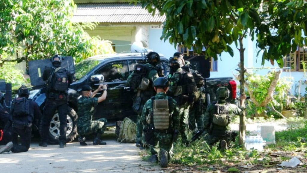 Suspected Insurgent Gunned Down by Police in Southern Thailand