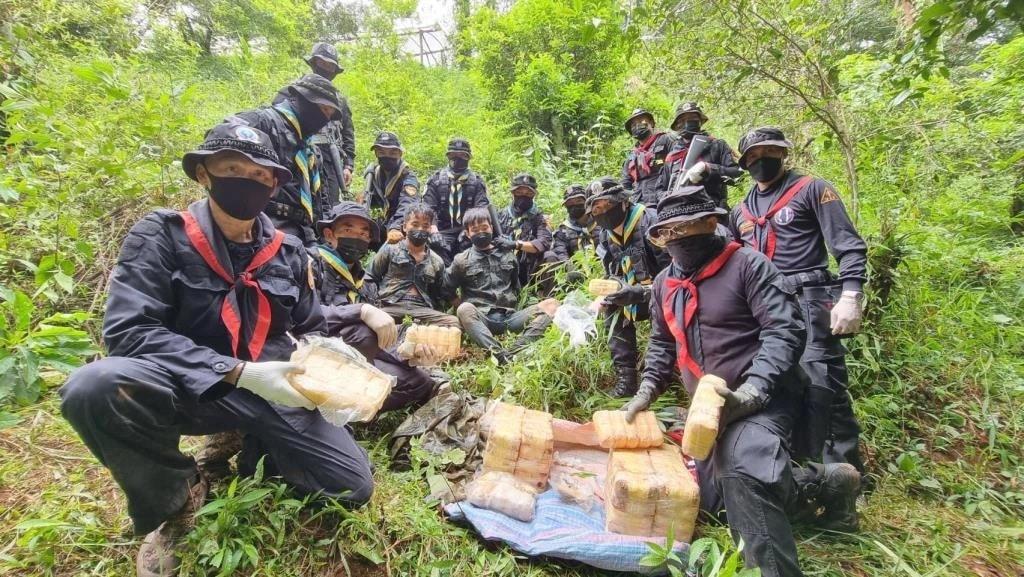 Northern Thailand Task Force Captures Teenage Drug Runners