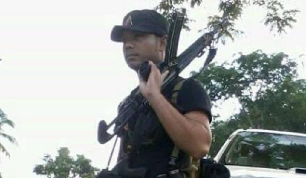police-thailand-M16