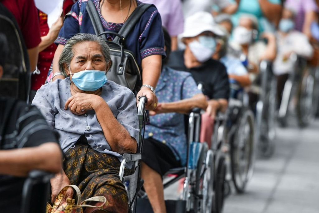 Anger Mounts as Thai Government Fails in Vaccinating Elderly