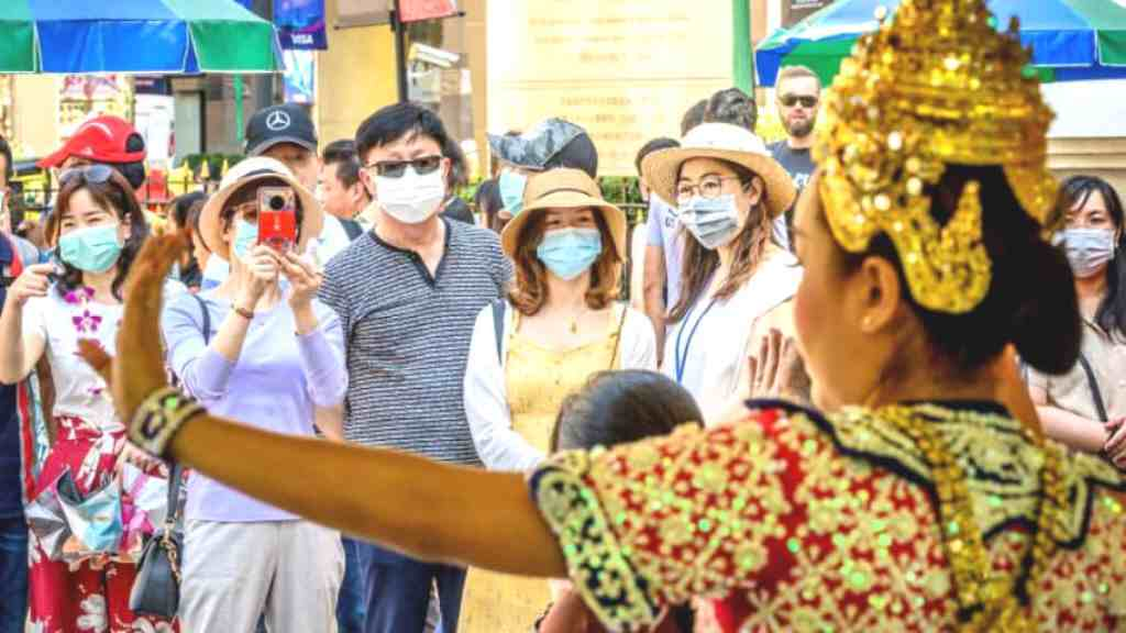 Bangkok's Reopening to Vaccinated Tourists to Be Delayed