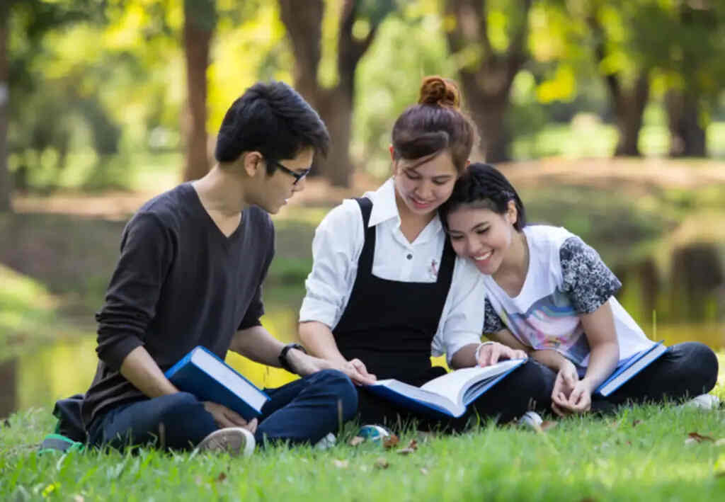 Thailand-Phuket-university